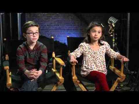 Daddy's Home - Scarlett Estevez & Owen Wilder Vaccaro Interview