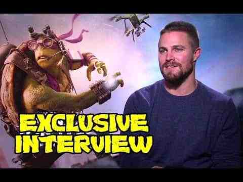 Teenage Mutant Ninja Turtles: Out of the Shadows - Stephen Amell Interview