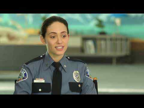 Cold Pursuit - Emmy Rossum Interview