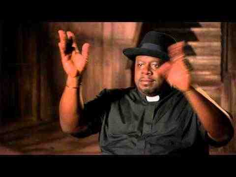A Haunted House 2 - Cedric The Entertainer Interview