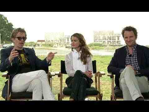 Dawn of the Planet of the Apes - Gary Oldman Keri Russell & Jason Clarke Interview