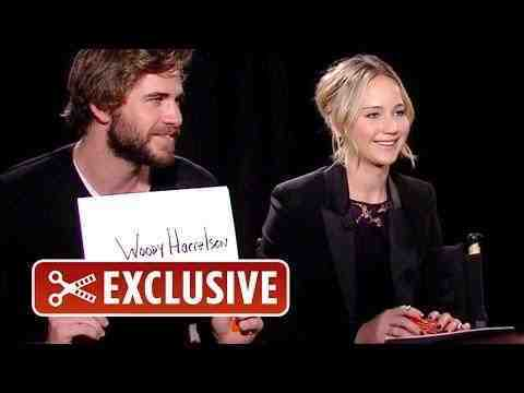 The Hunger Games: Mockingjay - Part 1 - Versus Game with The Hunger Games Cast