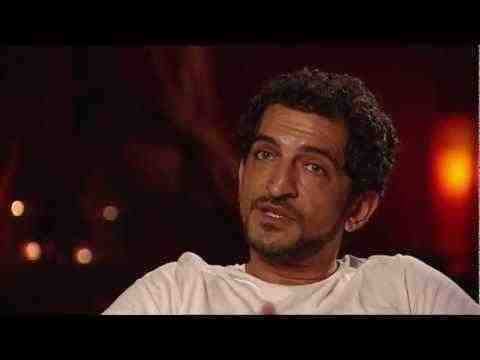 Salmon Fishing in the Yemen - Amr Waked Interview
